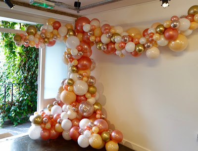 Organic Balloon Decor by Sue Bowler www.suebowler.com