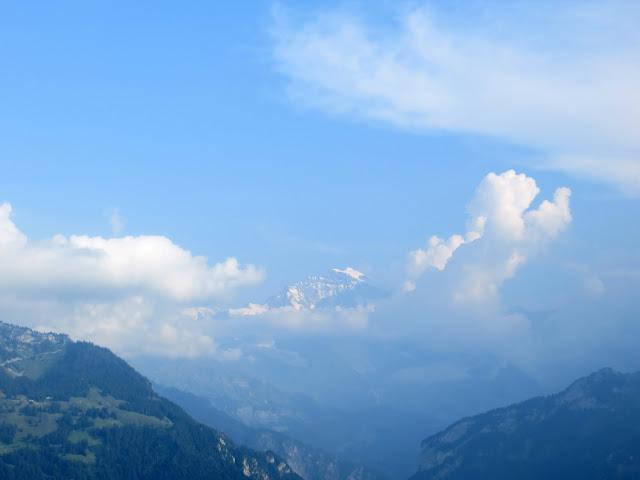Harder Kulm, Alps, Swiss Alps, Bernese Alps, Jungfrau, Eiger, Monch, Hiking in Switzerland, Easy Hikes, hike, mountain, view, Interlaken, dream, funicular, Harder Kulm, Unterseen, Aare, Thun, Brienz, how to get up Harder Kulm,