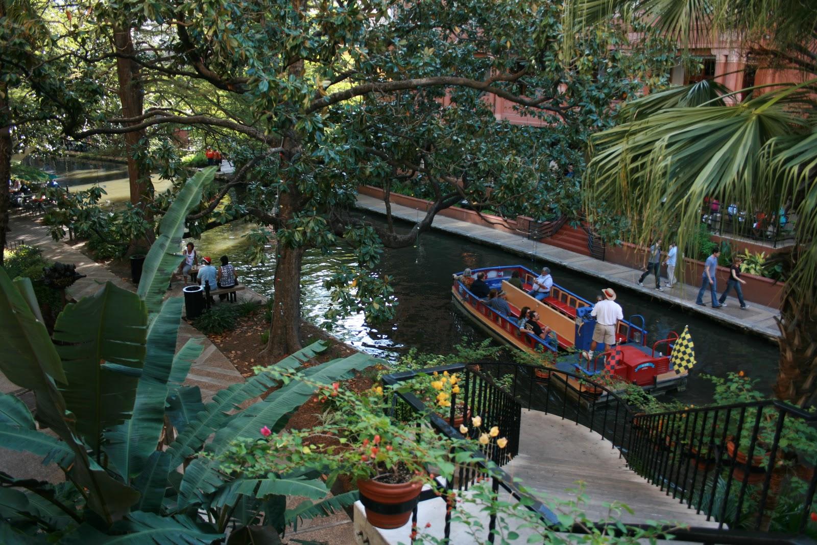 San Antonio Riverwalk Travelin With Jc