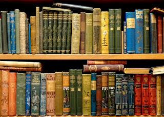 Media TIK dengan Buku