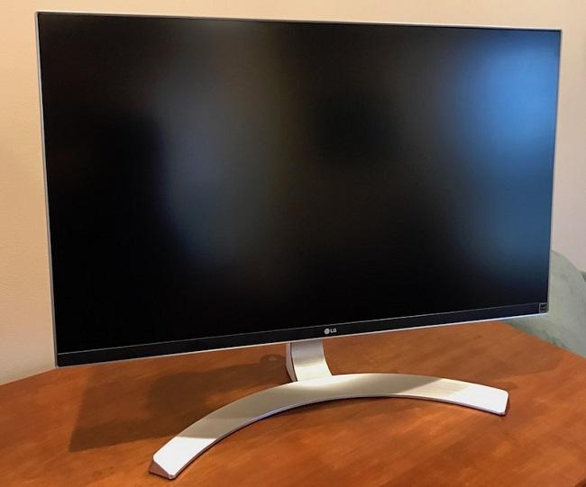 LG 27UD88-W Gaming Monitor