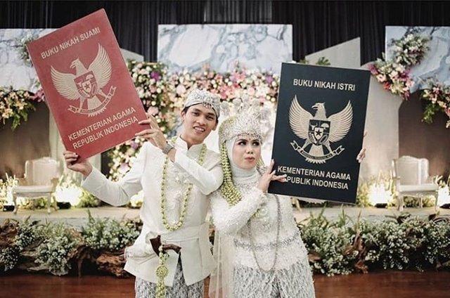 Ilustrasi sertifikat nikah-IGdekorasi_pernikahanimpian