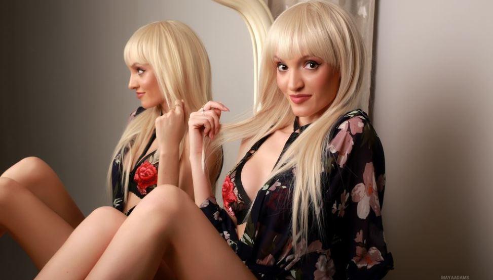 MayaAdams Model GlamourCams