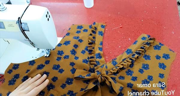 frill neck design / cutting and stitching/ size XL