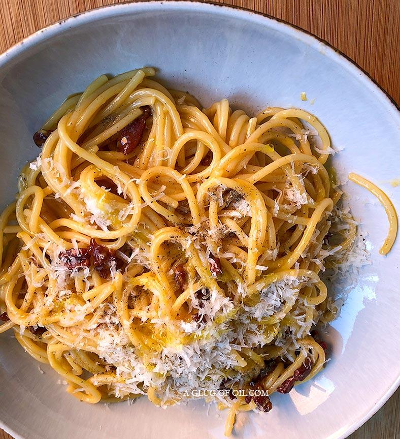 Spaghetti Carbonara - no cream recipe