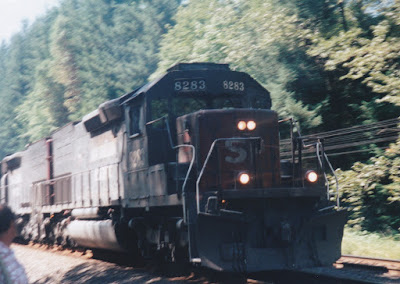 Southern Pacific SD40T-2 #8283 at Hampton, Oregon, on July 20, 1997