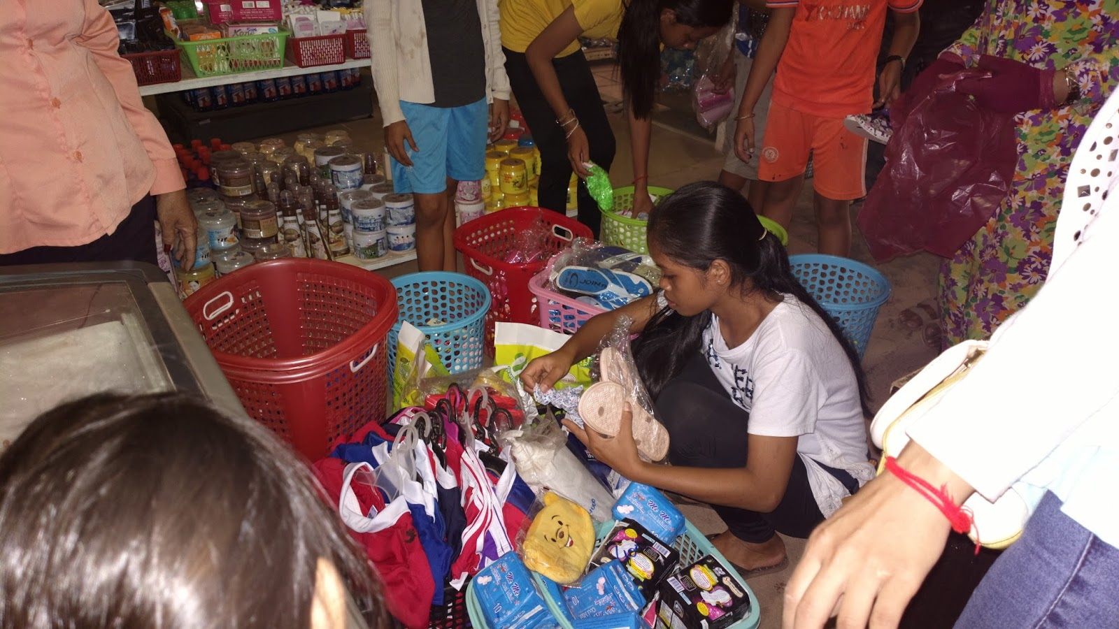 Sortie shopping espoir cambodge for Acheter maison cambodge