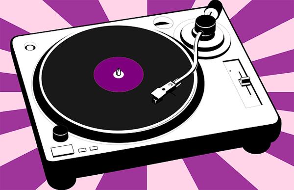 menjadi dj sebuah kreatifitas dan dapat dikembangkan menjadi musk dan irama yang lebih menyenangkan