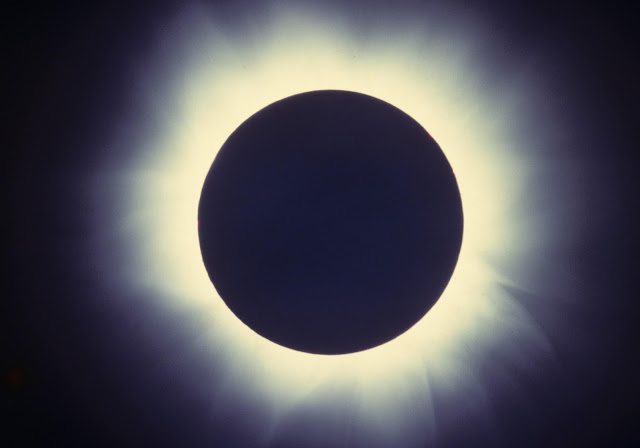 Glow of the Solar Corona During Totality All Photos by Harry Hammond