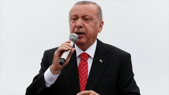 Erdogan: EEUU debe pensárselo muy bien antes de imponer sanciones