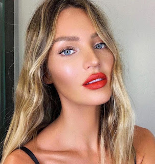 Red Dress Prom Makeup Ideas - nude glow on red