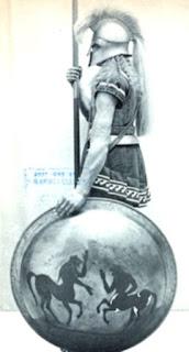 Guerrero espartano. El pelo largo era característico de los hombres de Esparta, según Heródoto, era símbolo de hombre libre