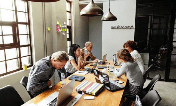 3 طرق لبناء فريق التسويق الاستثنائي