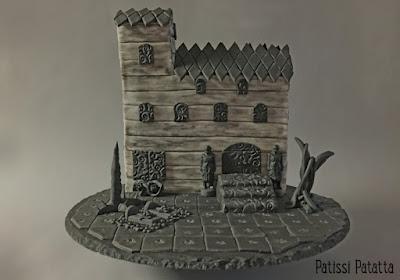 recette de gâteau Halloween, maison hantée, Halloween cake, Halloween house, cake-design, gâteau maison, house cake, arbres maléfiques, maison à vendre, maison hantée à vendre, pâte à sucre, gâteau exceptionnel, maison en gâteau, dessert Halloween, patissi-patatta