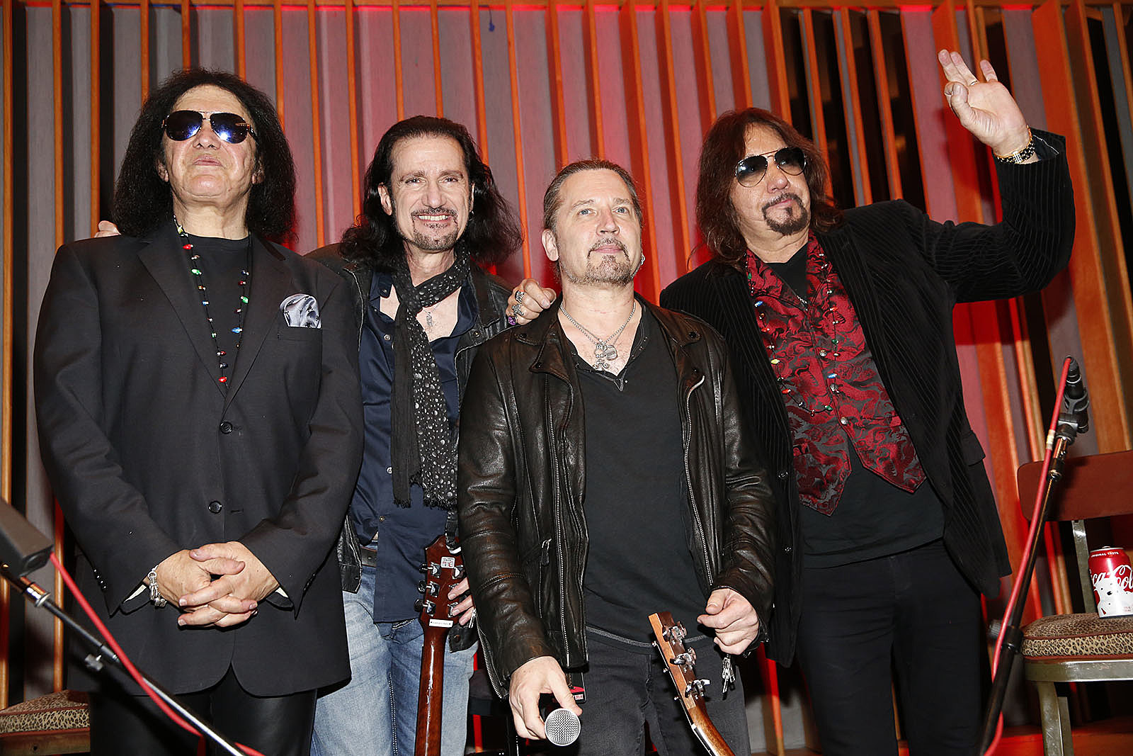 VIDEO: Gene, Ace, Bruce and Eric Singer @ Gene Vault Experience