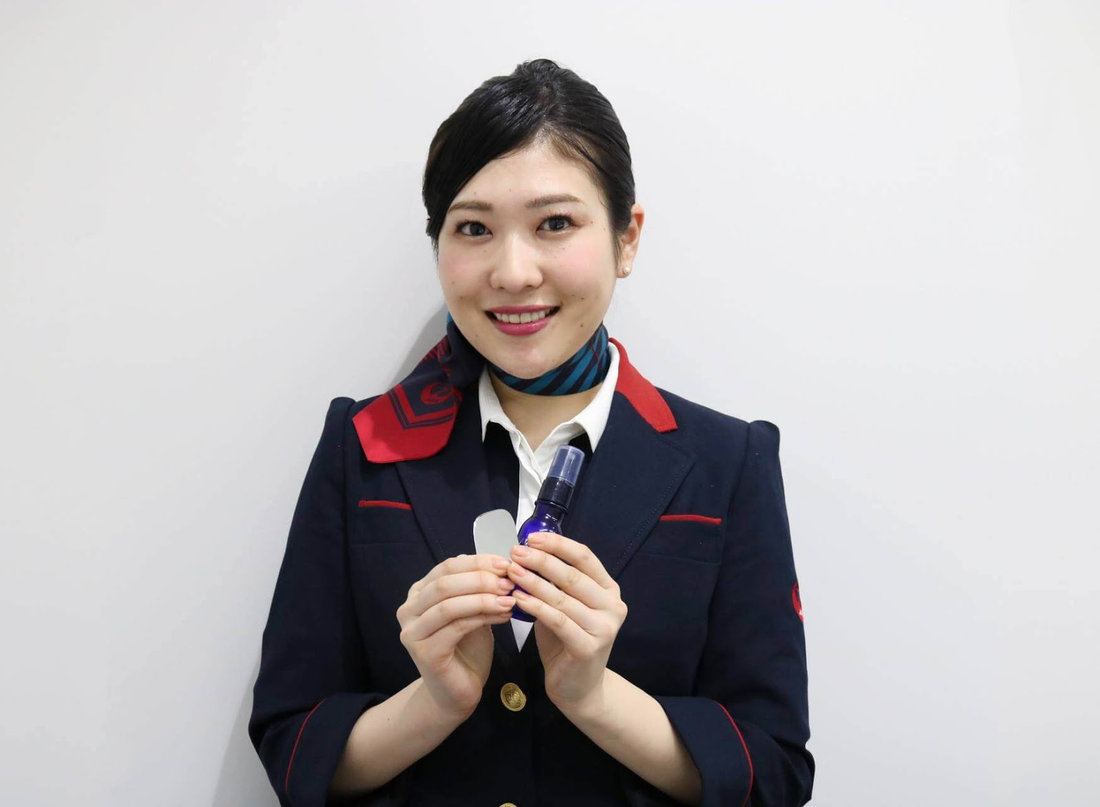 tidak-ada-lagi-kata-ladies-and-gentlemen-japan-airlines-memilih-salam-yang-netral-gender