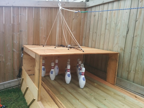 6.%2BTo%2Bbe%2Bfair%252C%2Bmanual%2Bre-racking%2Bwouldn%25E2%2580%2599t%2Bbe%2Bso%2Bmuch%2Bfun%2Banyway. Cheap And Simple Do Some DIY Backyard Bowling And Never Be Bored Again Interior