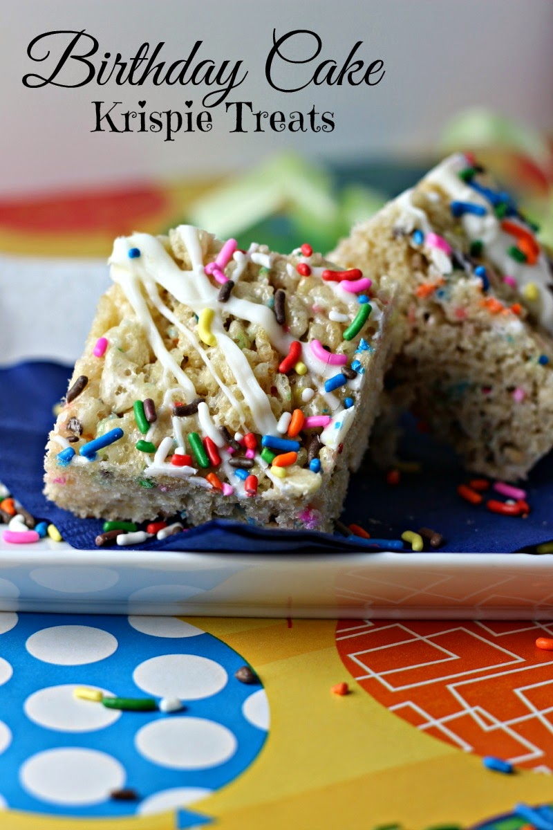 Birthday Cake Krispie Treats: Easy no-bake way to enjoy the popular flavor of birthday cake!  #dessert #cookie