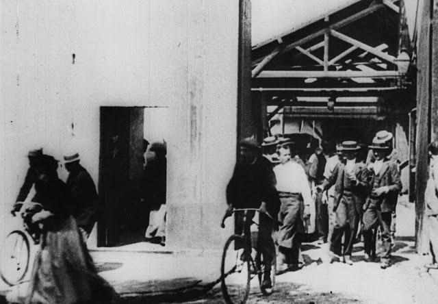 Η πρώτη ταινία των αδερφών Λυμιέρ το 1895