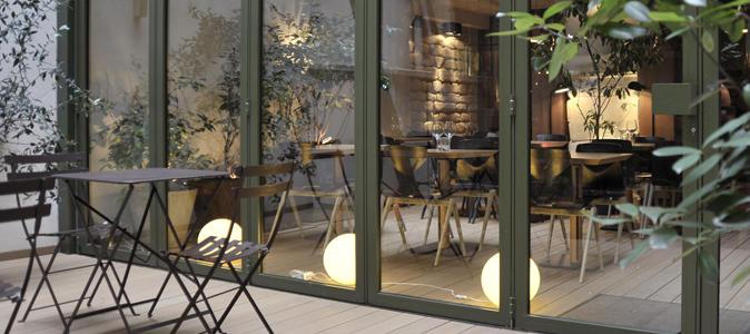 tendance antipodes le jaja sort de l eau nouveau restaurant du marais. Black Bedroom Furniture Sets. Home Design Ideas