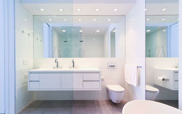 "Minimalist bathroom in Modern New York Apartment by ""Resolution: 4 Architecture"""