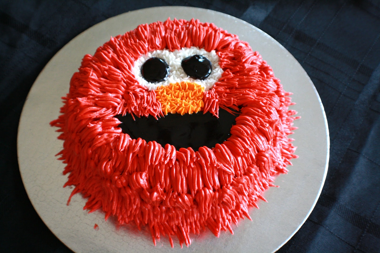 The Sugar Therapist Elmo Loves To Celebrate