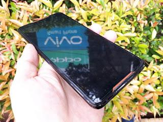 Hape ASUS ROG Phone Z01QD Seken RAM 8GB ROM 128GB Gamers Phone