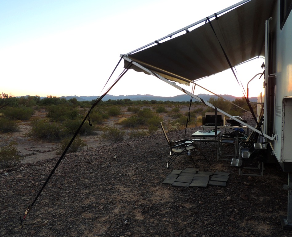 Goin Rv Boondocking When The Wind Blows The Awning Goes