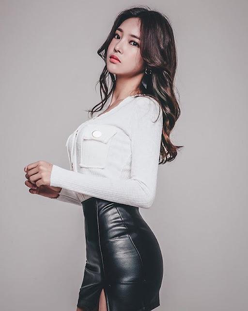 Park Jung Yoon Photos