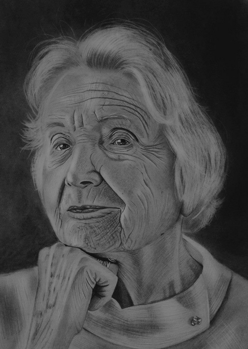 17-Old-Lady-Mariusz-Kedzierski-Determination-and-Perseverance-in-Portrait-Drawings-www-designstack-co