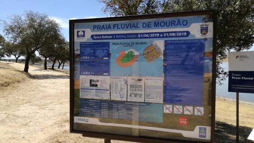 Painel Informação Praia Fluvial de Mourão