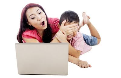 Orang Tua Harus Selalu Awasi Anak Berinternet