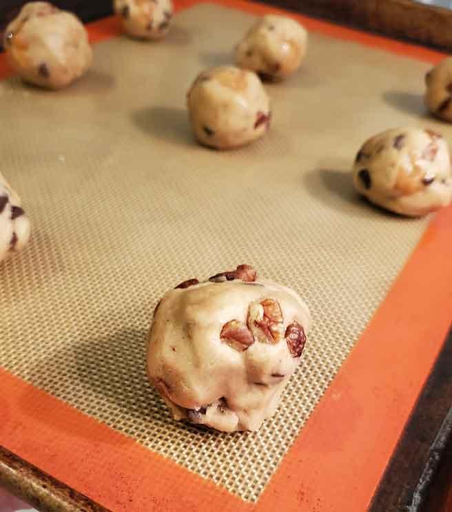 raw chocolate chip cookie dough