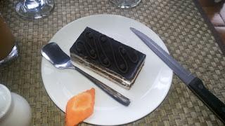 opera cake - atmosphere resort cafe bandung