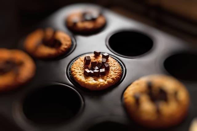 Cupcake with small chocolate bars