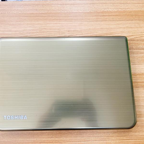 Laptop Toshiba L40-A i3-3227U/4G/250G
