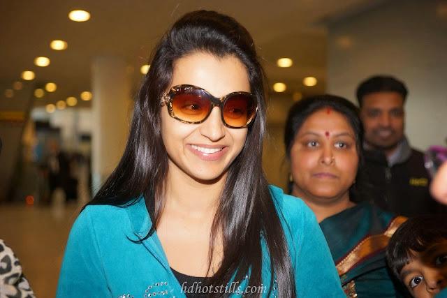 Medras Rockershd Com: Trisha Krishnan Hot Shoot Images HD