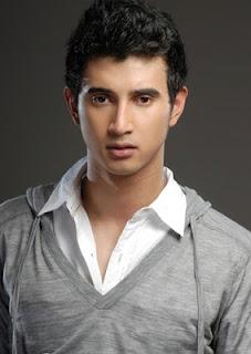 Biodata Ali Syakieb sebagai Ilham