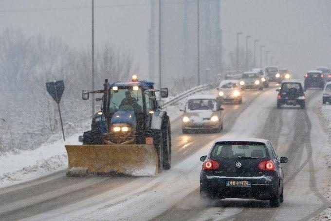 Maltempo: mobilitati i trattori spalaneve della Coldiretti