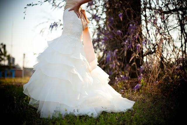 kiczowata suknia ślubna