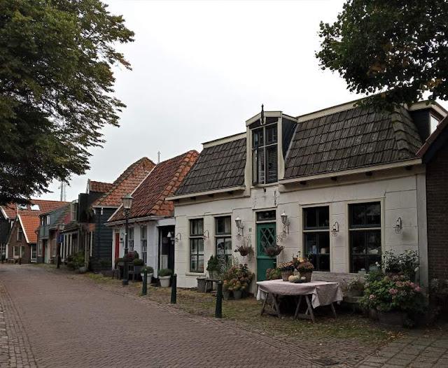 antiche abitazioni a Den Burg