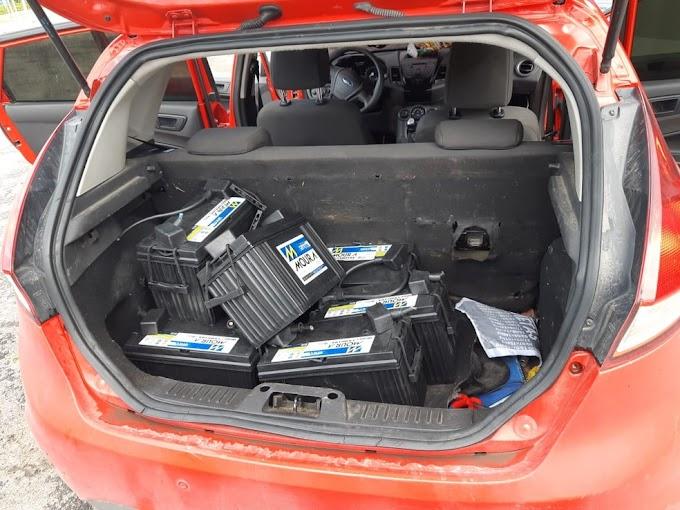 Dupla é presa suspeita de furto de baterias em torres de telefonia e internet na PB, PE e AL