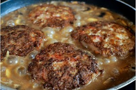 Southern Hamburger Steaks with Onion Mushroom Gravy!