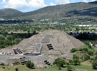 Pyramid of the Monn -Mexico