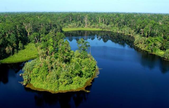 Danau Pulau Padang Kepulauan Meranti