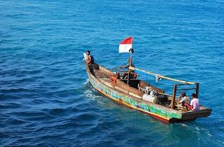 nelayan contoh pekerjaan yang ada di daerah pantai