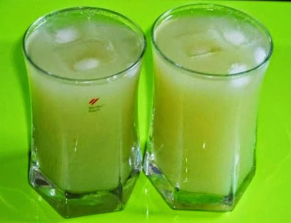 drakshi sharbat in serving glasses