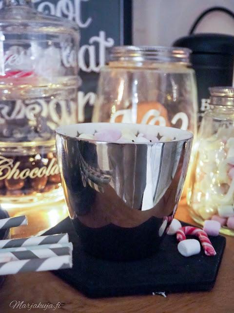 kaakaobaari keittiö herkku kahvi joulunodotus lumiukkosoppa greencate