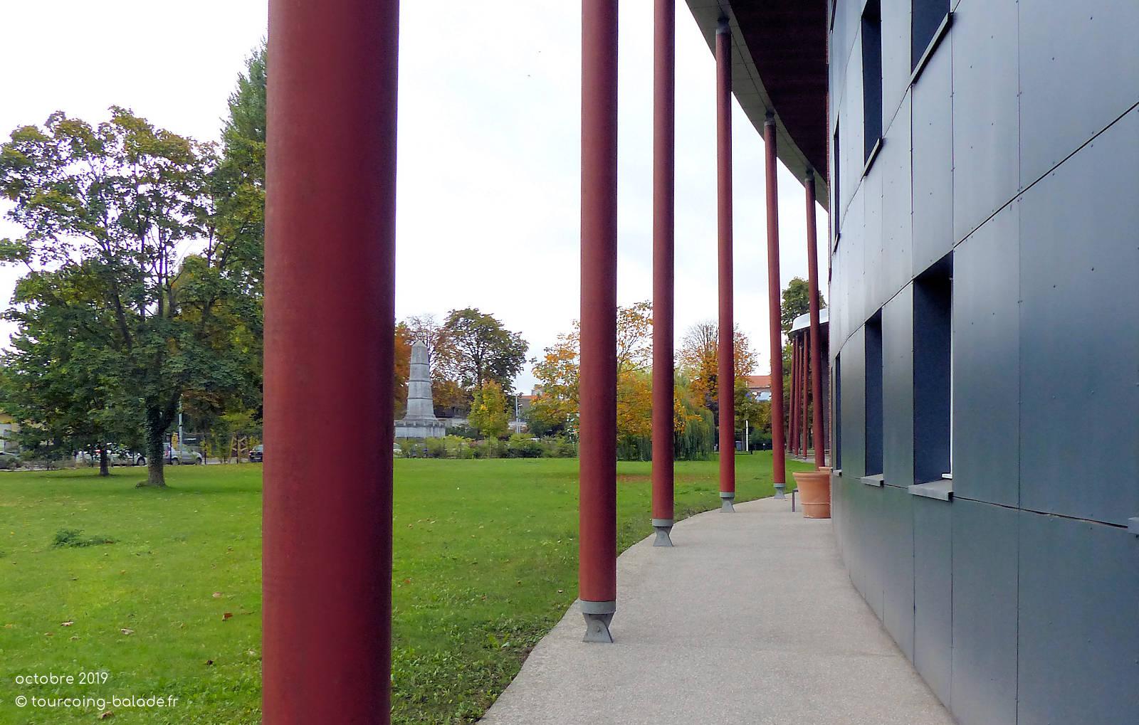 École Nationale des Douanes, Tourcoing - Jardin.