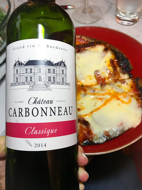 2014 Château Carbonneau Classique Sainte-Foy-Bordeaux wtih Cauliflower Pizza. Photo by Nicole Ruiz Hudson